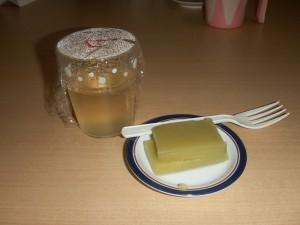 【福祉館恵海:厨房】おやつは基本手作りです。