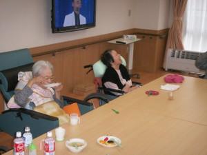 【福祉館恵海:はまゆう】利用者の方の誕生日会を行いました。
