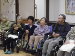 【福祉館恵海:うみかぜ】マンドリンとオカリナの会
